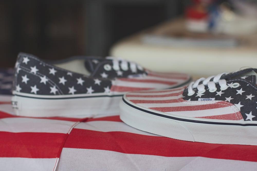"""Image of VANS ERA DOREN """"AMERICAN FLAG"""""""