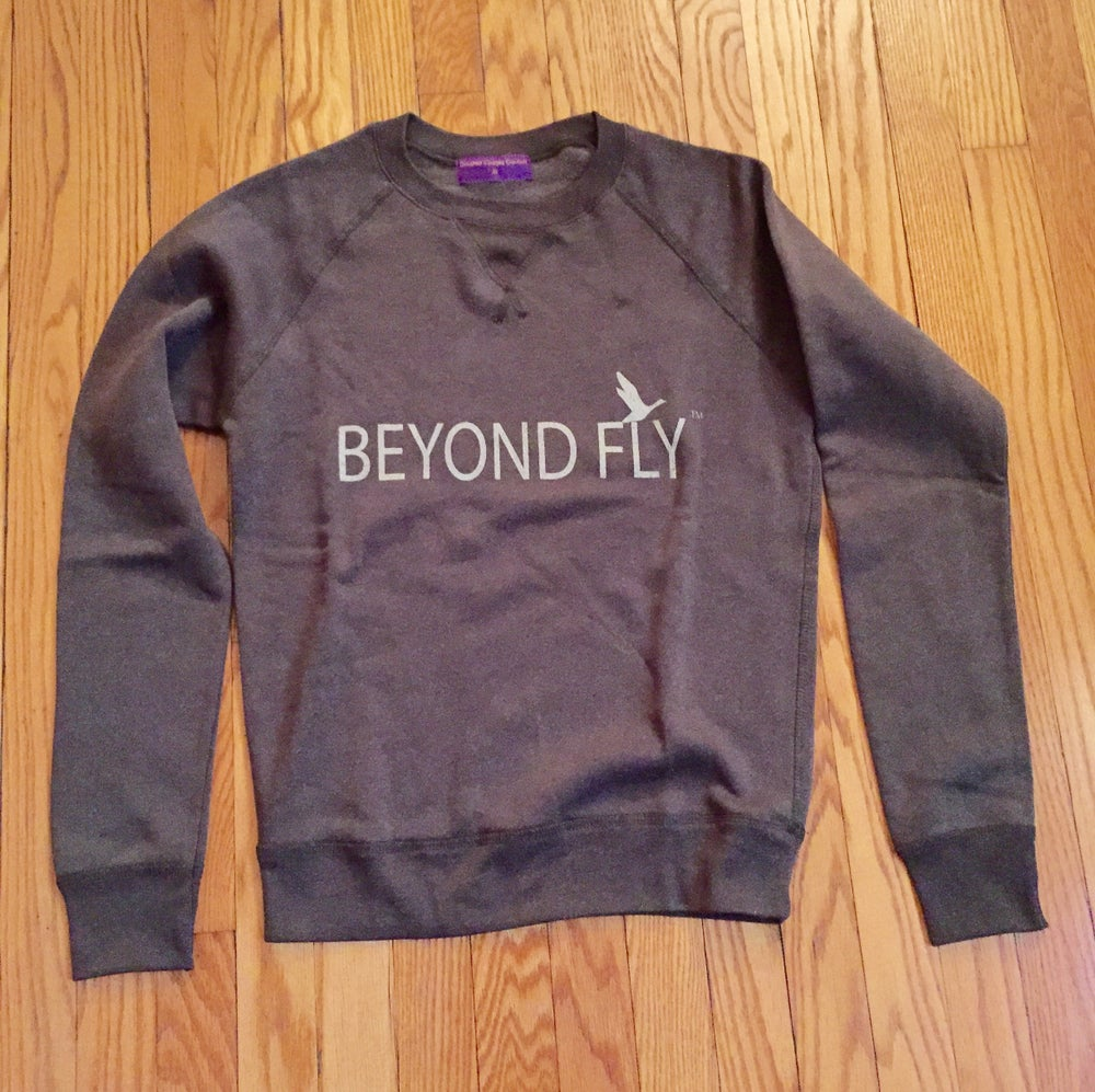 Beyond Fly Crew neck in Graphite