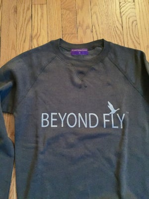 Image of Beyond Fly Crew neck in Graphite