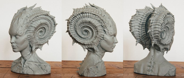 Image of Caracolilla bust 8 inch resin kit