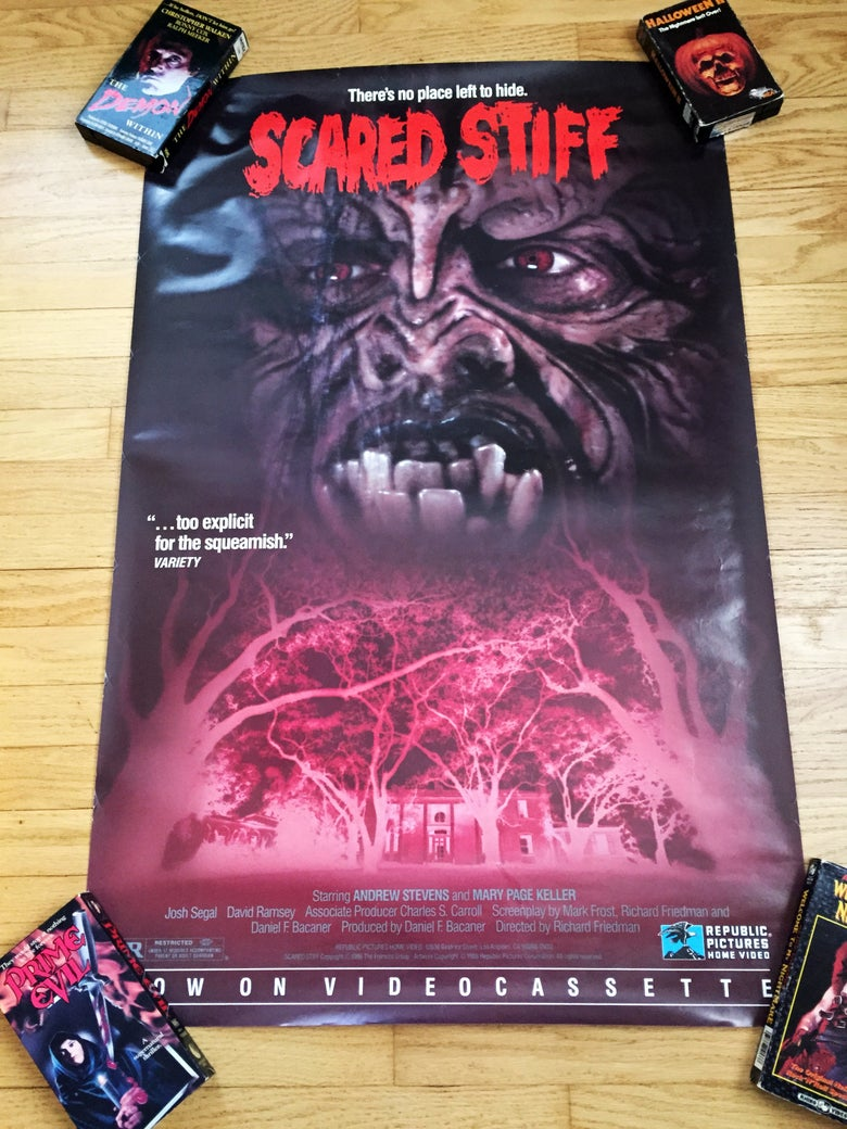 Image of 1988 SCARED STIFF Republic Pictures Home Video Promo Poster