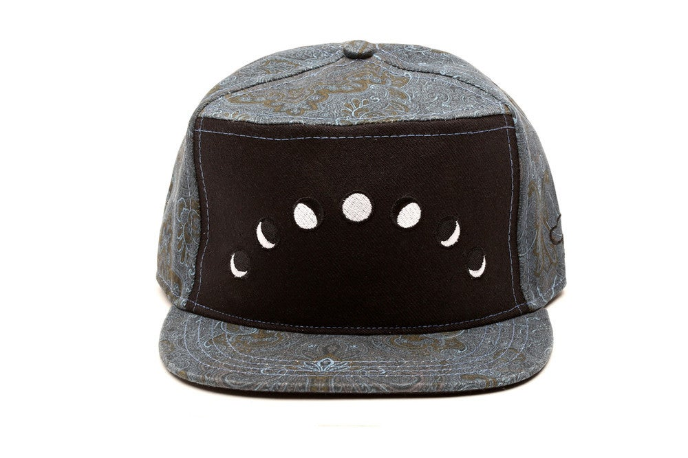 Image of THE AMPAL CREATIVE - CALLISTO - STRAPBACK - NAVY