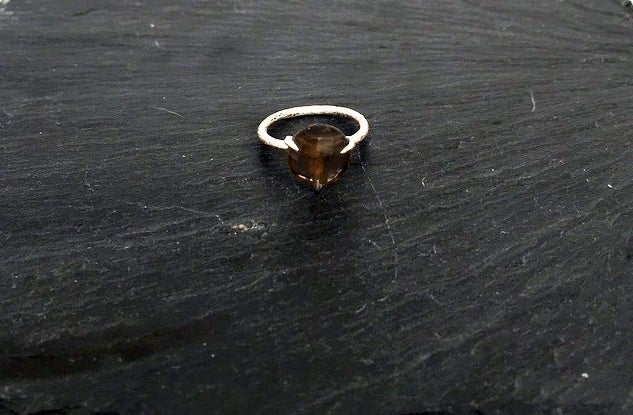 Image of Clawring fancy cut in 925 silver with a smokey quartz