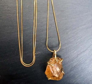 Image of Claw necklace with citrine