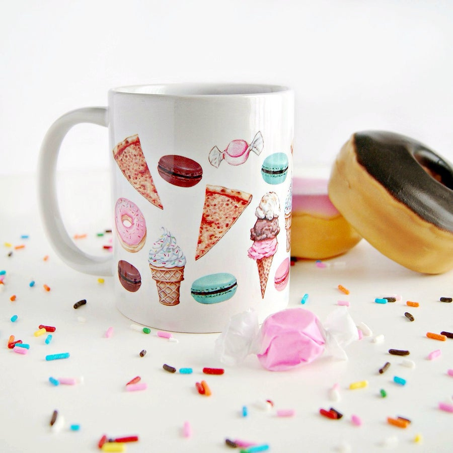 "Image of ""Fave Craves"" mug (11oz)"
