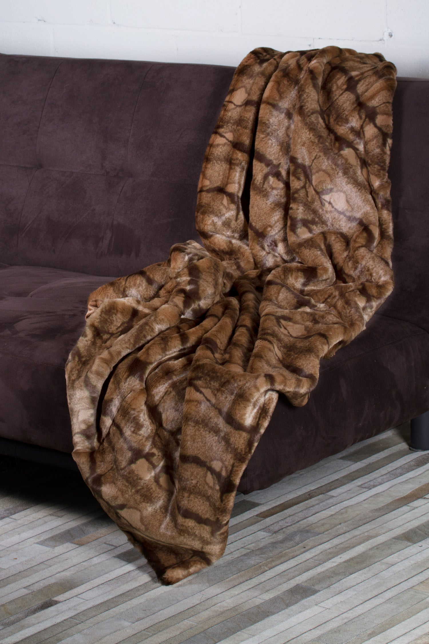 Image of Bellaire Brown Mink Throw