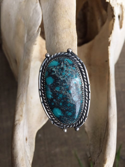 Image of TURQUOISE RING WITH EMBELLISHED BORDER