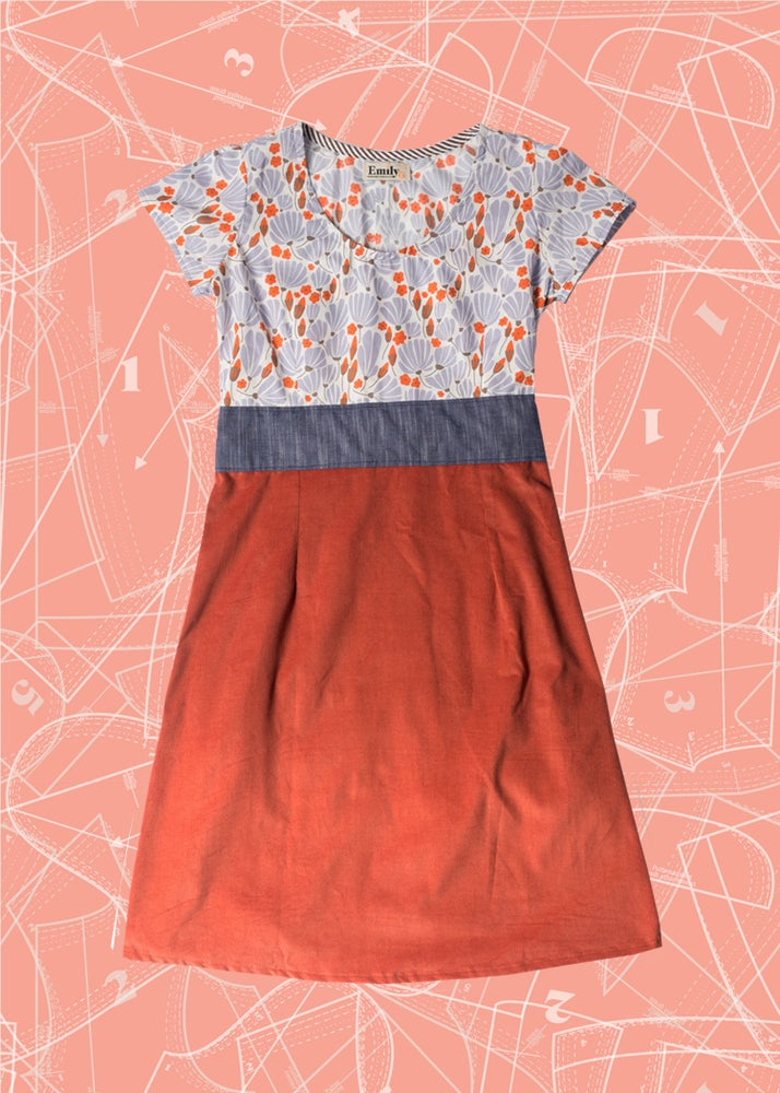 Image of Farmhouse Dress: Breezy Floral