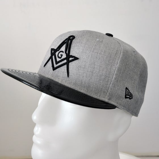 Image of Heather Grey Fitted 5950