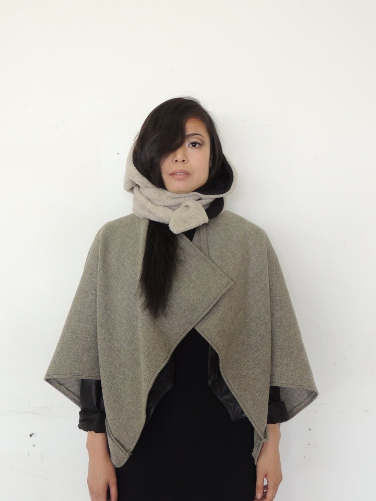 Image of CAPOTE HOOD (Textured Cream)