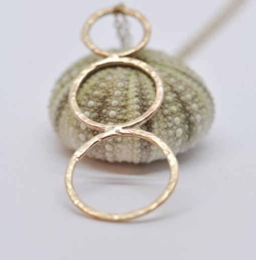 Image of Anita 9ct gold necklace