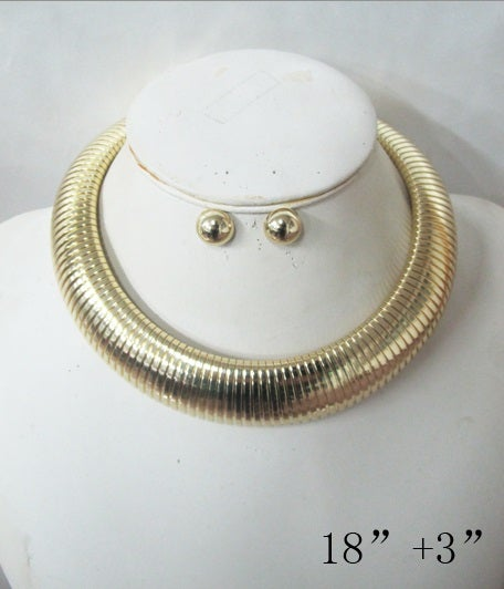 Image of choker chain