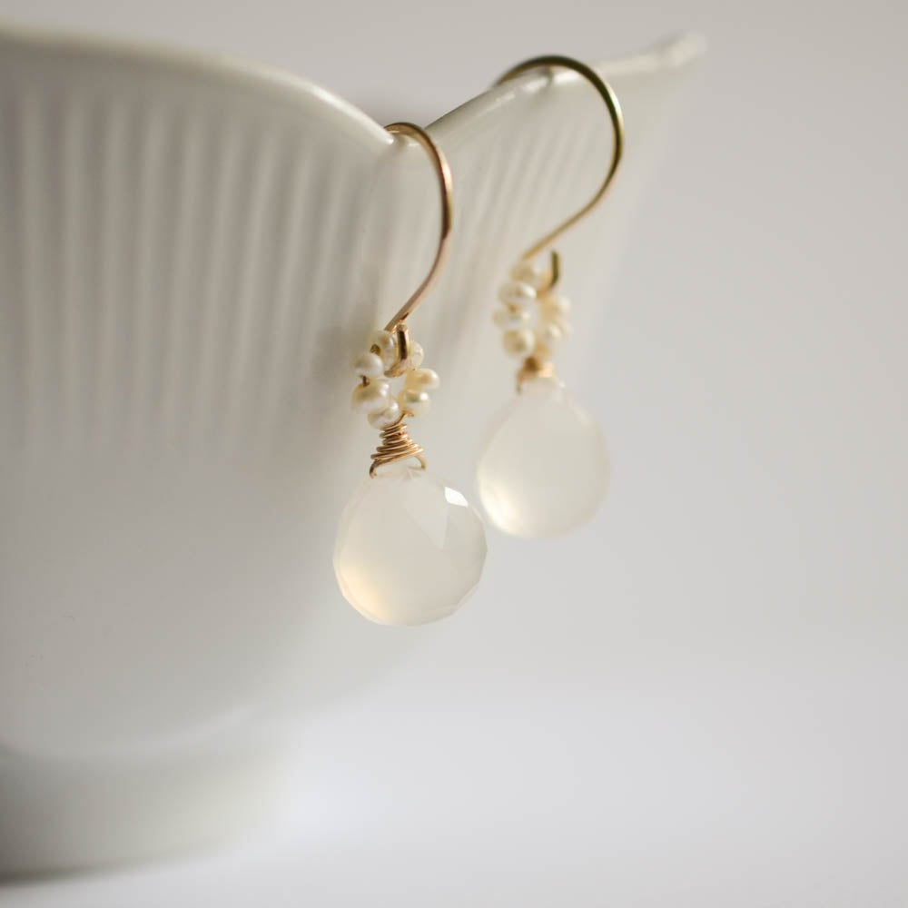 Image of White chalcedony pearl earrings