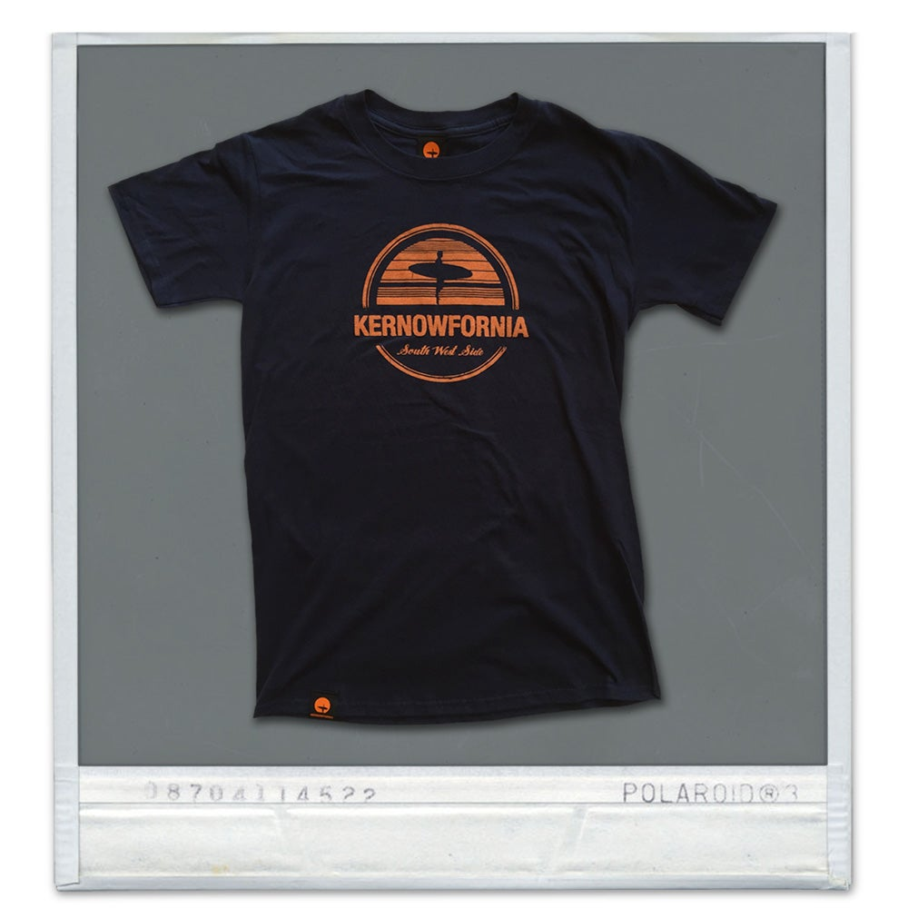 Image of Mens - Afterglow T-shirt (Navy or brown)
