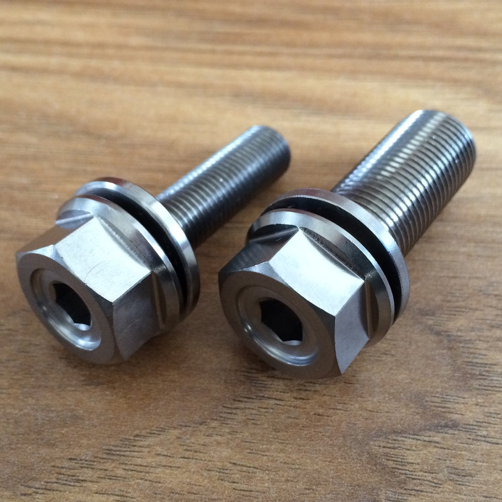 Titanium bolts for odyssey clutch freecoaster