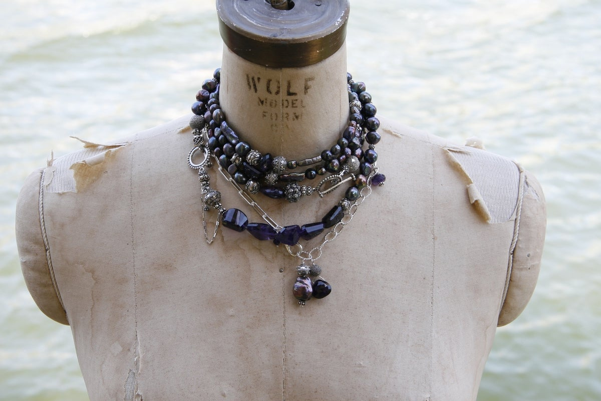 Mixed Chain with faceted Amethysts and Baroque Pearl