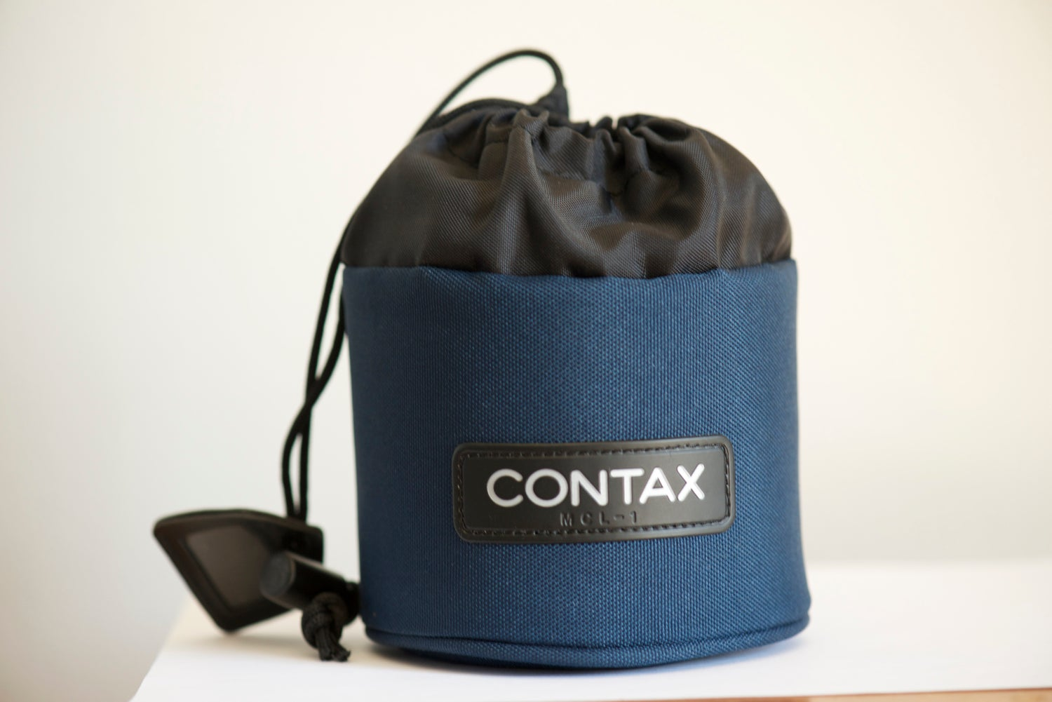 Image of Contax MCL-1 padded lens pouch