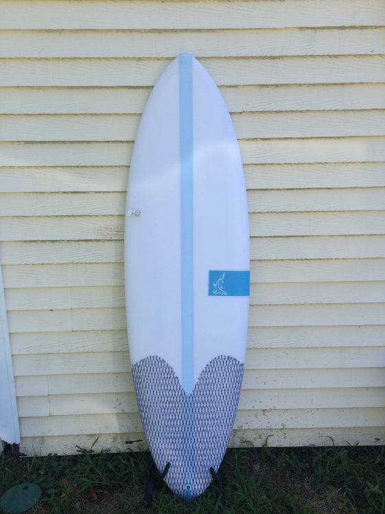 Image of 5'10 shortboard