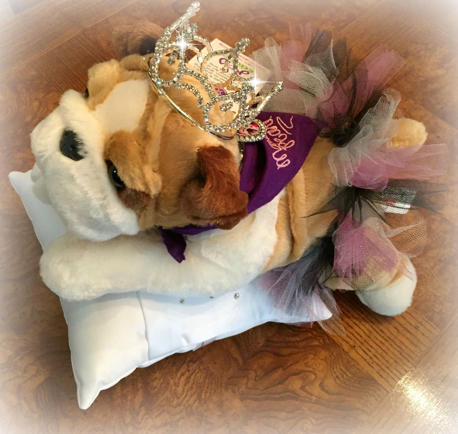 Image of Princess Mavis Pearl Floppy Dog