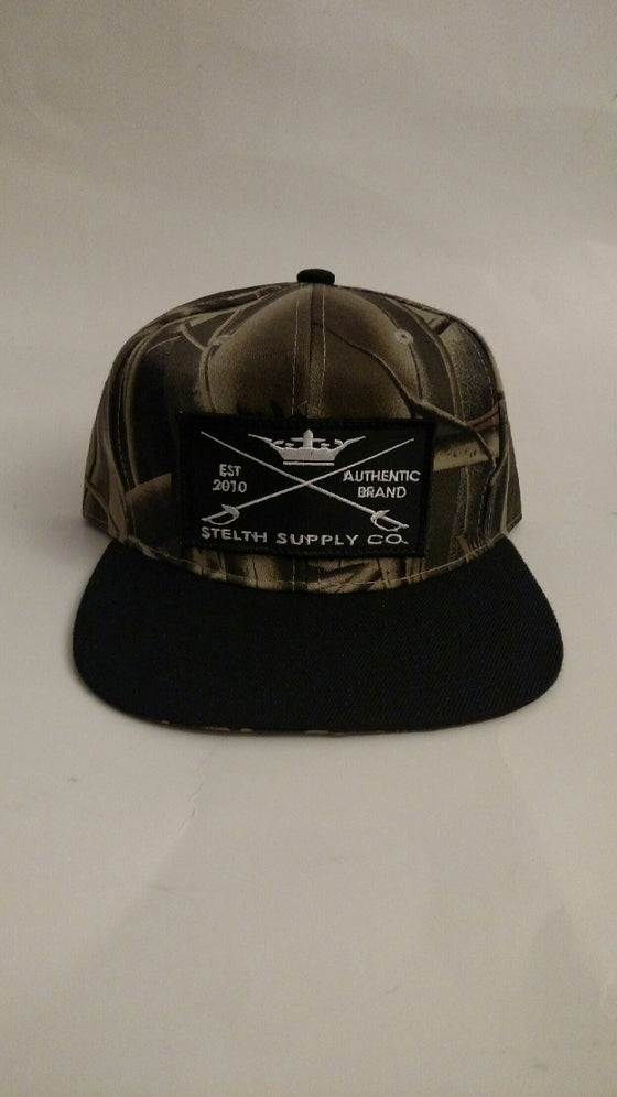 Image of tradition real tree snapback