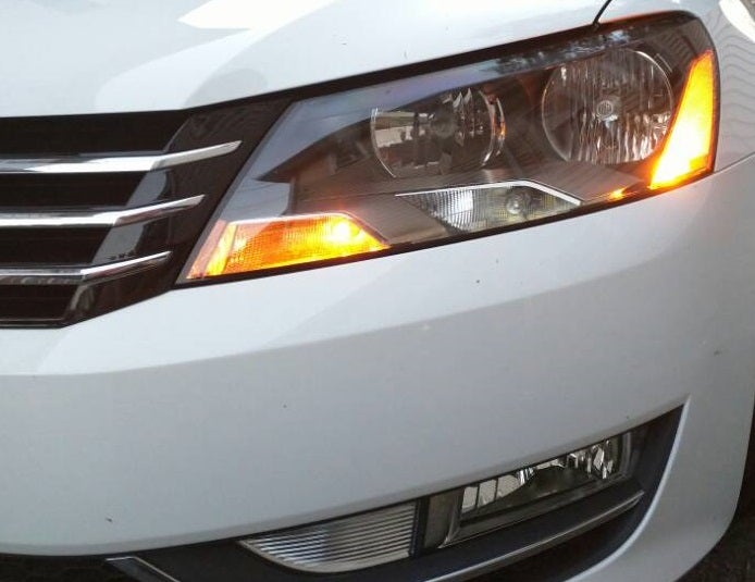 Image of Bright 194 AMBER Side Marker for the Passat B7