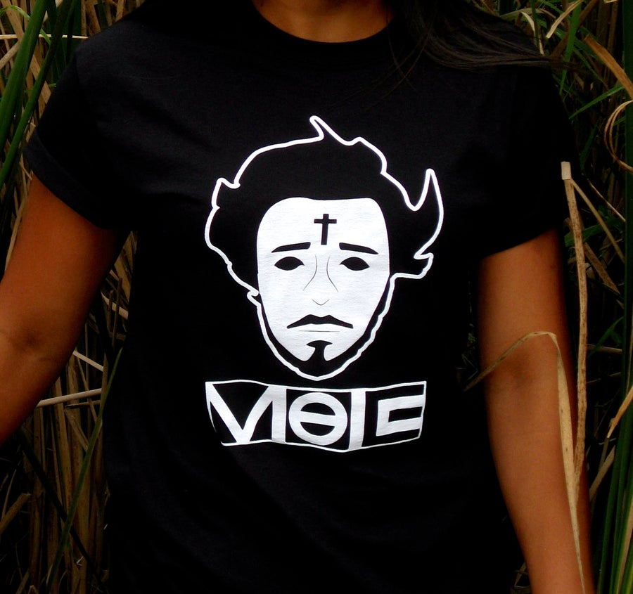 Image of VOE: Face Portrait Shirt