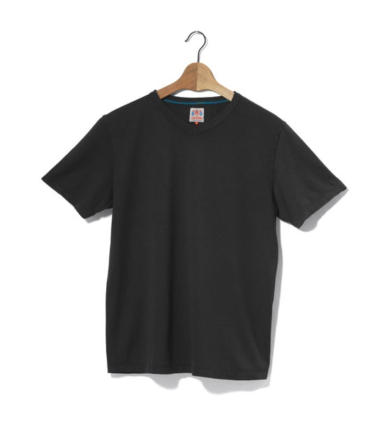 Image of V-Neck 1/4 Black