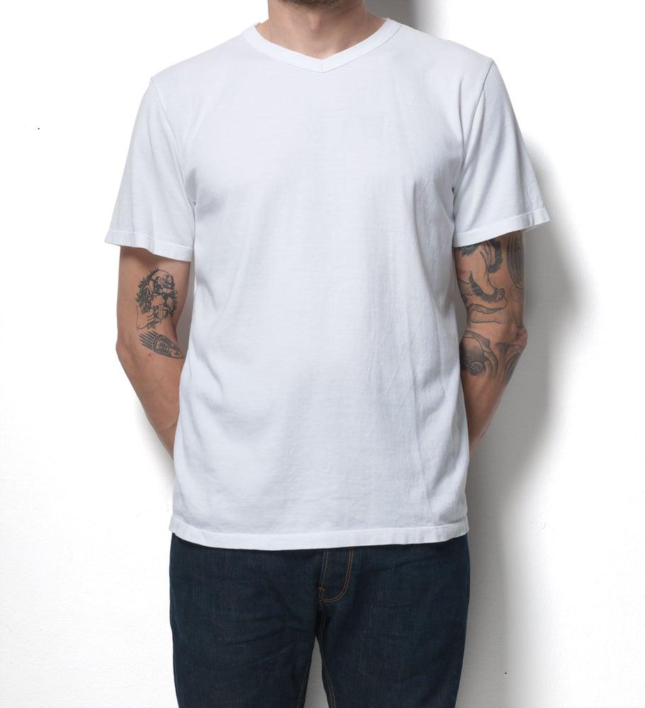 Image of V-Neck 1/4 White