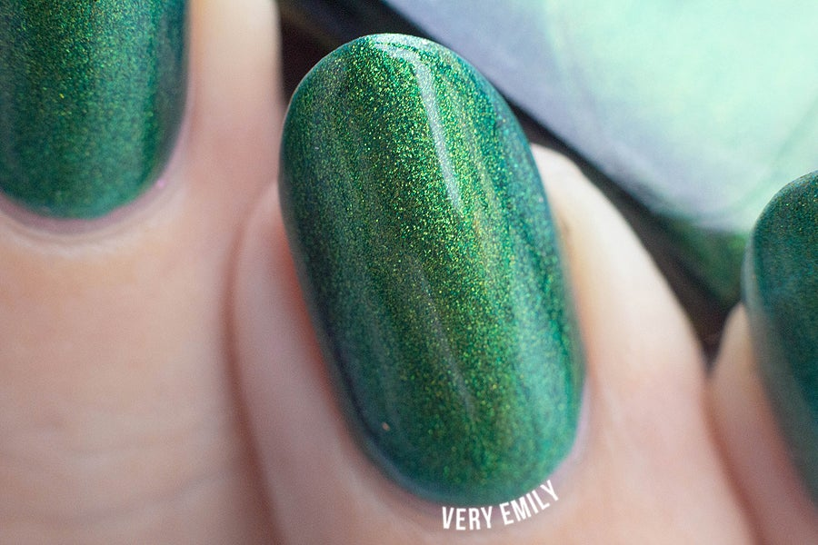 "Image of ~Clodhopper~ emerald green/yellow duochrome Spell nail polish ""Revenge of the Duds""!"