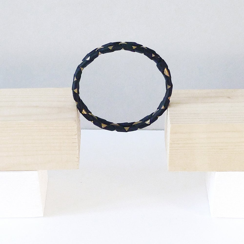 Image of Madake double bracelet #1151, color 10B or 3S (carbon/bronze or garnet/silver)