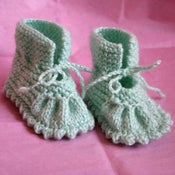 Image of Sweet wool acrylic booties