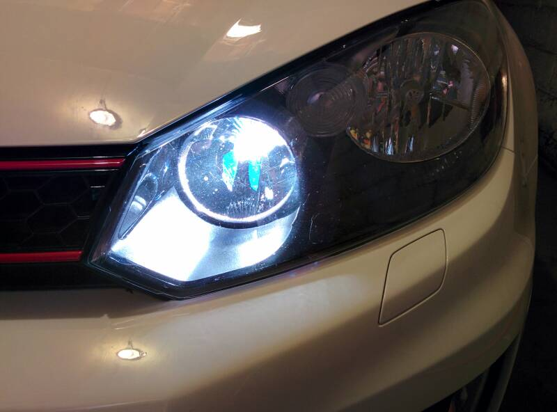 Image of H15 DRL Xenon/Halogen Hybrid Bulbs-Error Free-Fits: MK6/7 GTI/GOLF-MK6 Jetta Sportwagen