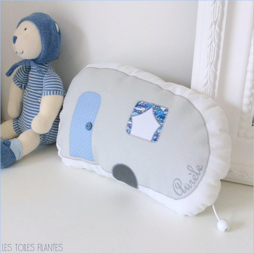 """Image of Sur commande: boite à musique """"Ma petite caravane"""""""