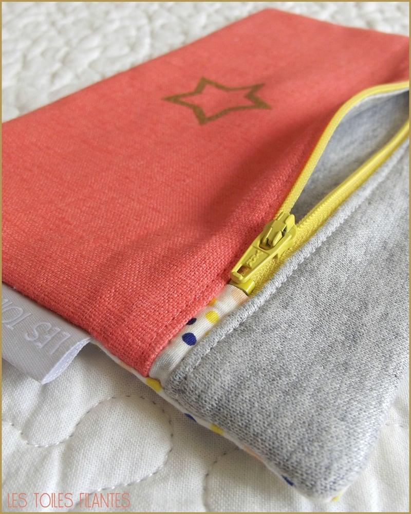 Image of En stock: Sweet pochette coloris au choix