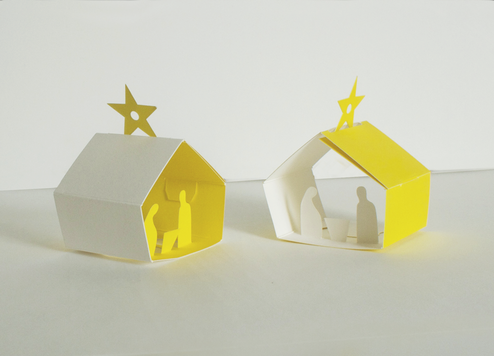 Image of 4 x Christmas Manger Set - Eight Decorations