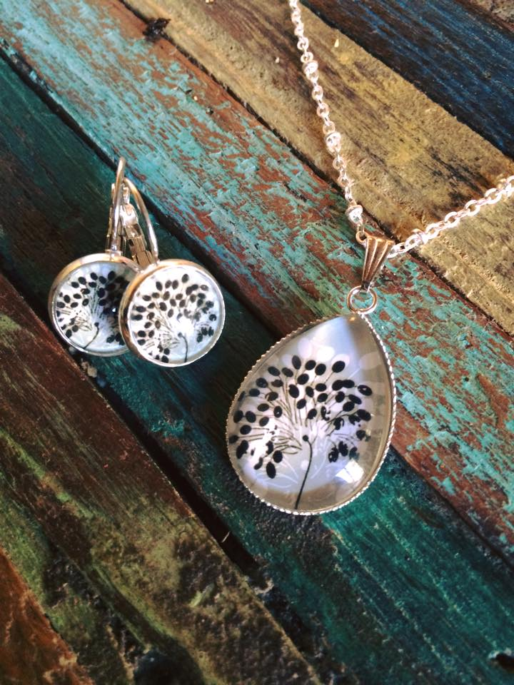 Image of Parure Izia : collier et boucles d'oreilles
