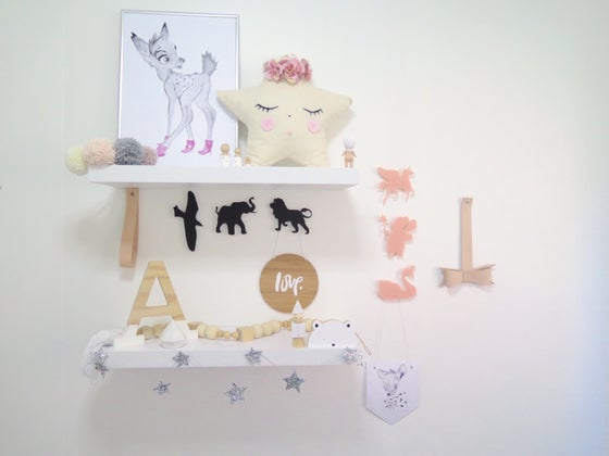 Image of Removable Acrylic Wall Hooks