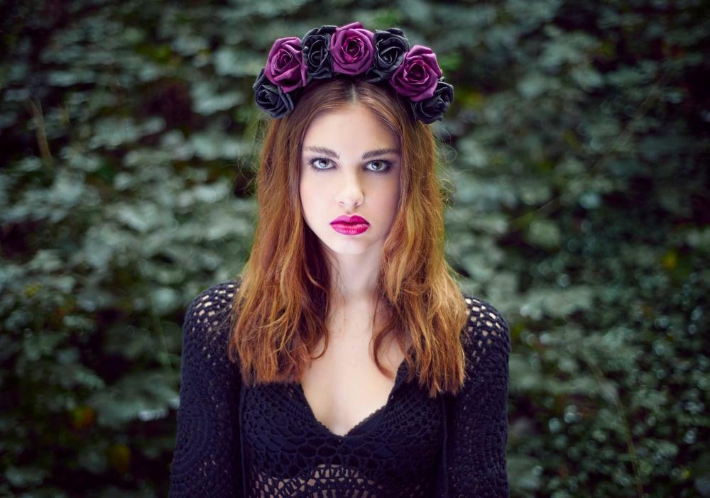 Image of Blooming Rose Crown Aria