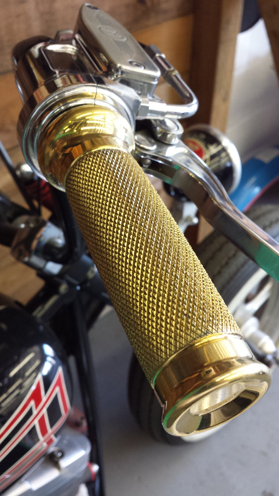 Image of Smasher Series Knurled Grips