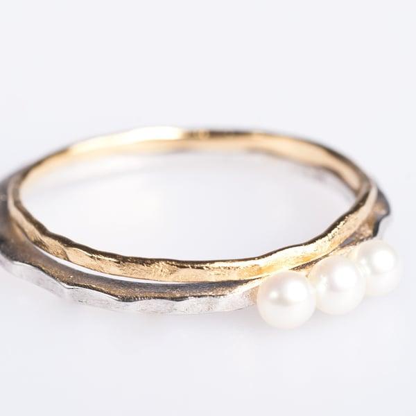 Image of Fijne ringetjes zilver en zilver geel verguld, verlovingring, ringen Antwerpen, Wijngaardstraat