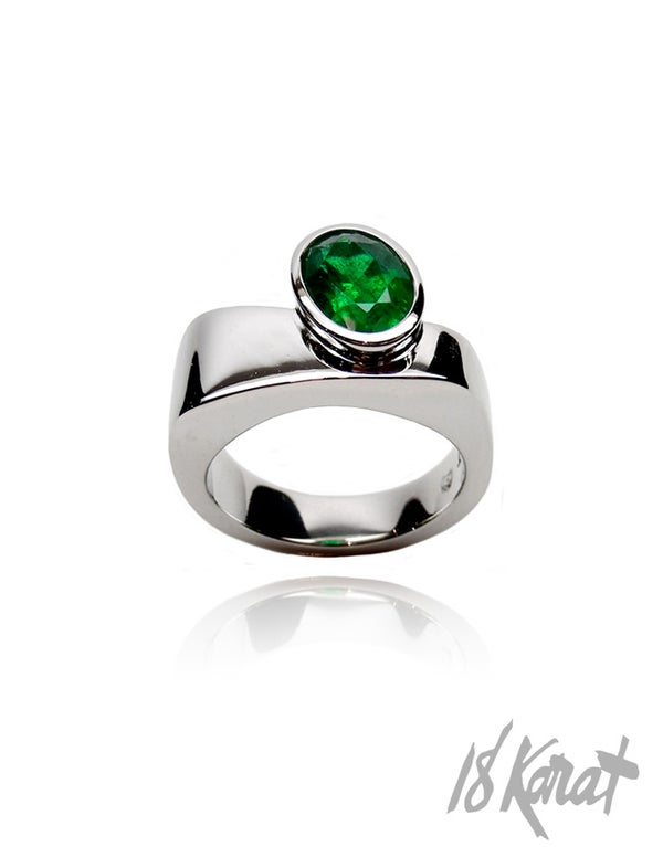 Loraine's Emerald Ring - 18Karat Studio+Gallery