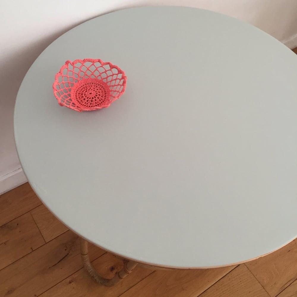 Image of Margot, table basse ou bout de canapé en rotin