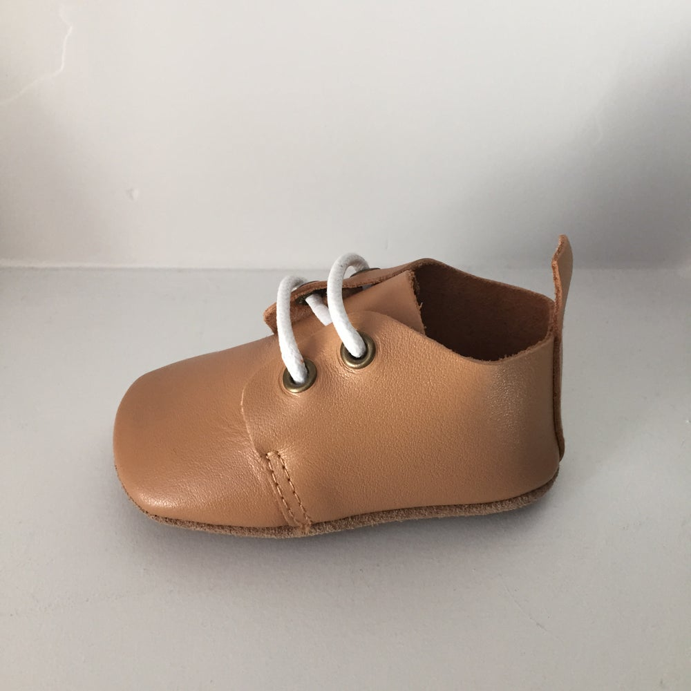 Image of Camel Oxford