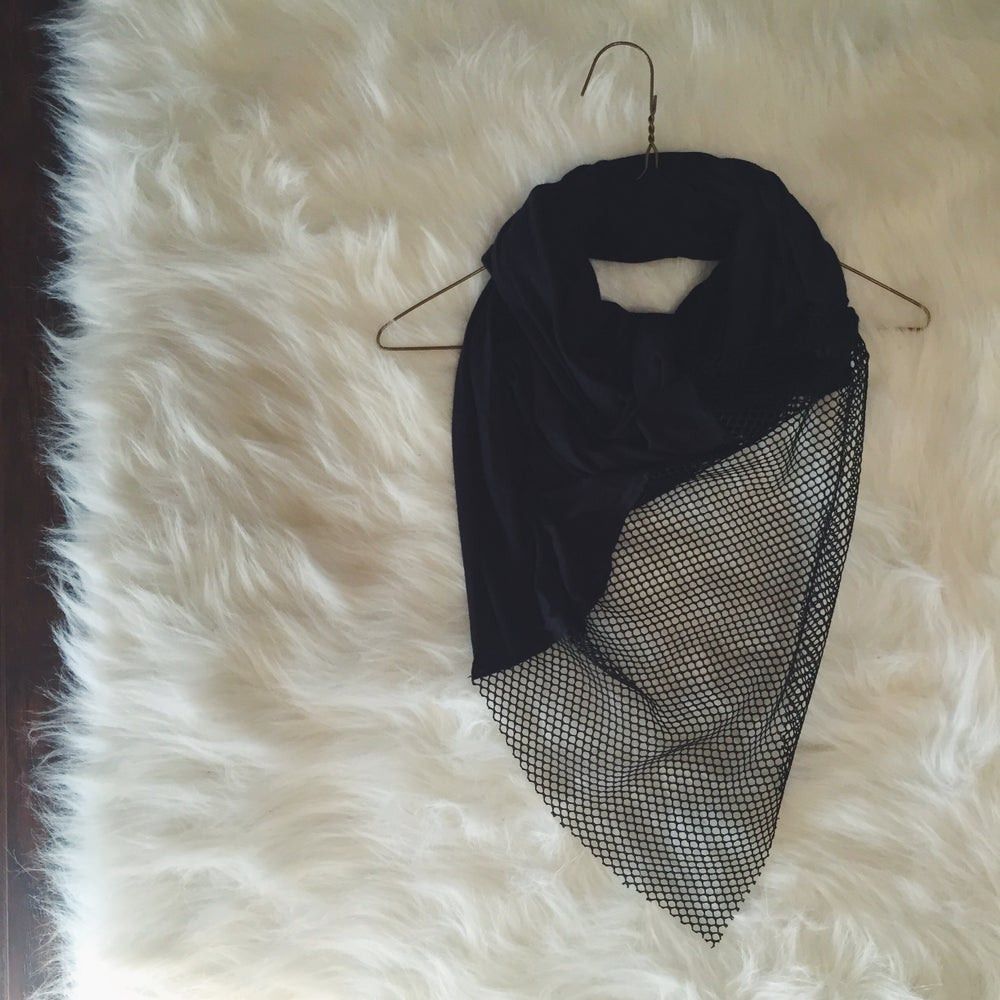 Image of Jersey black o u t scarf
