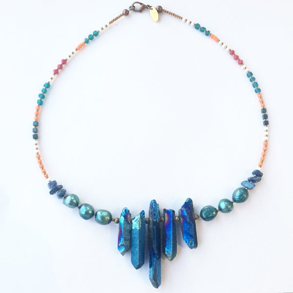 Image of Lo Necklace - with quartz crystal