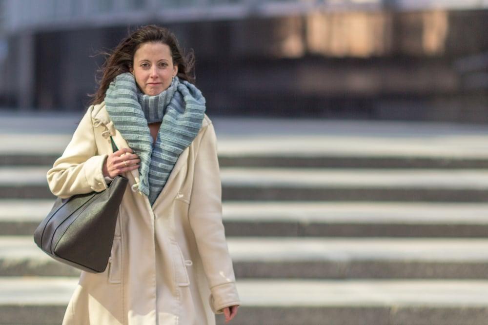 Image of Écharpe en coton épais gris/ Thick grey cotton scarf