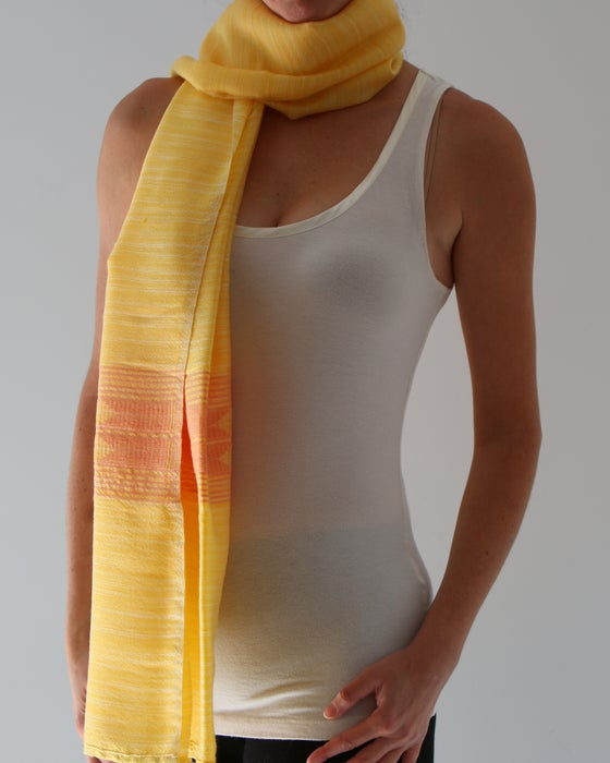 Image of Écharpe jaune d'automne #4/ Fall yellow scarf #4