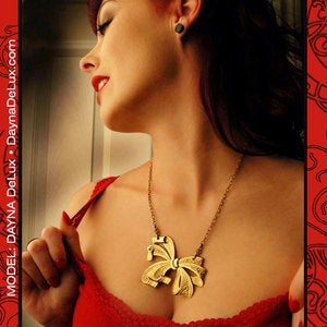 Image of Honey Bow Necklace