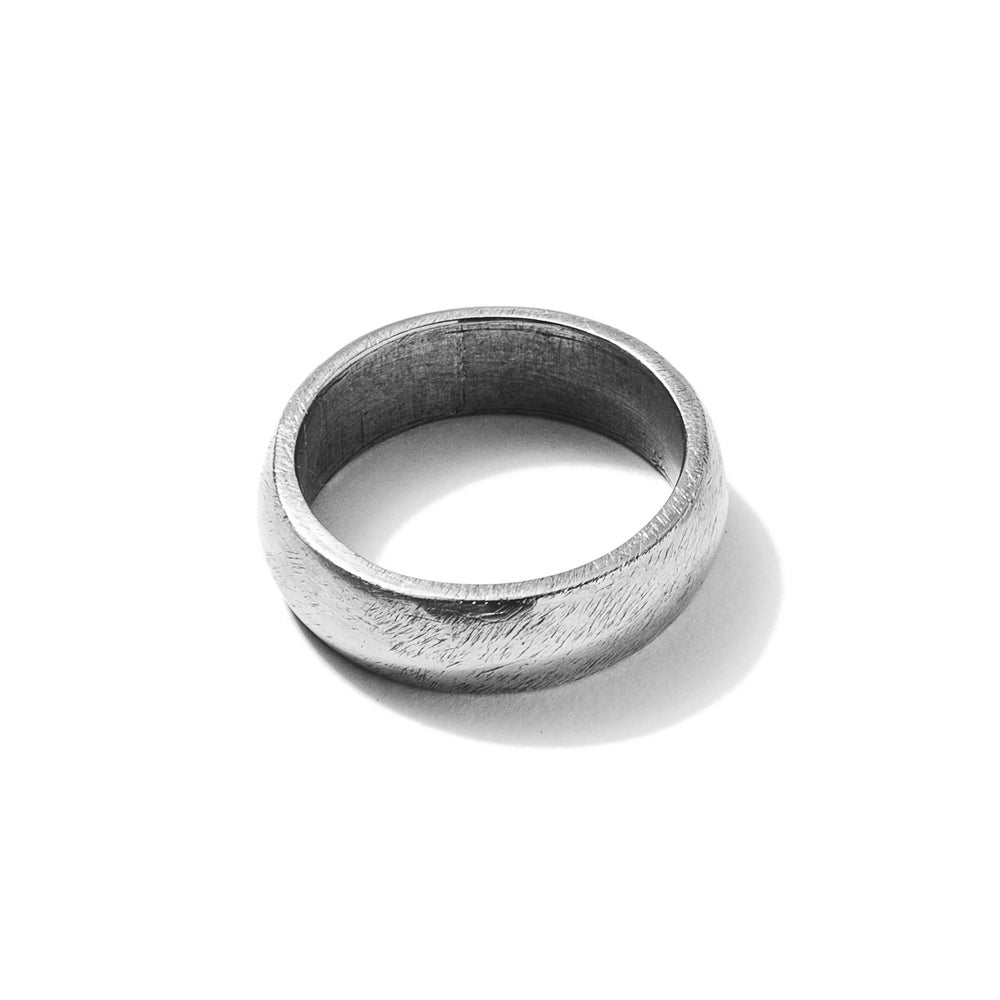 Image of Classic Band Ring