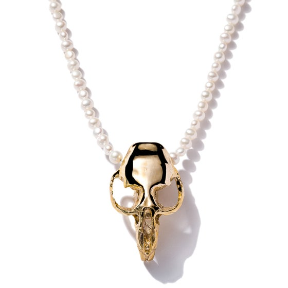 Image of Pearls with Prairie Skull